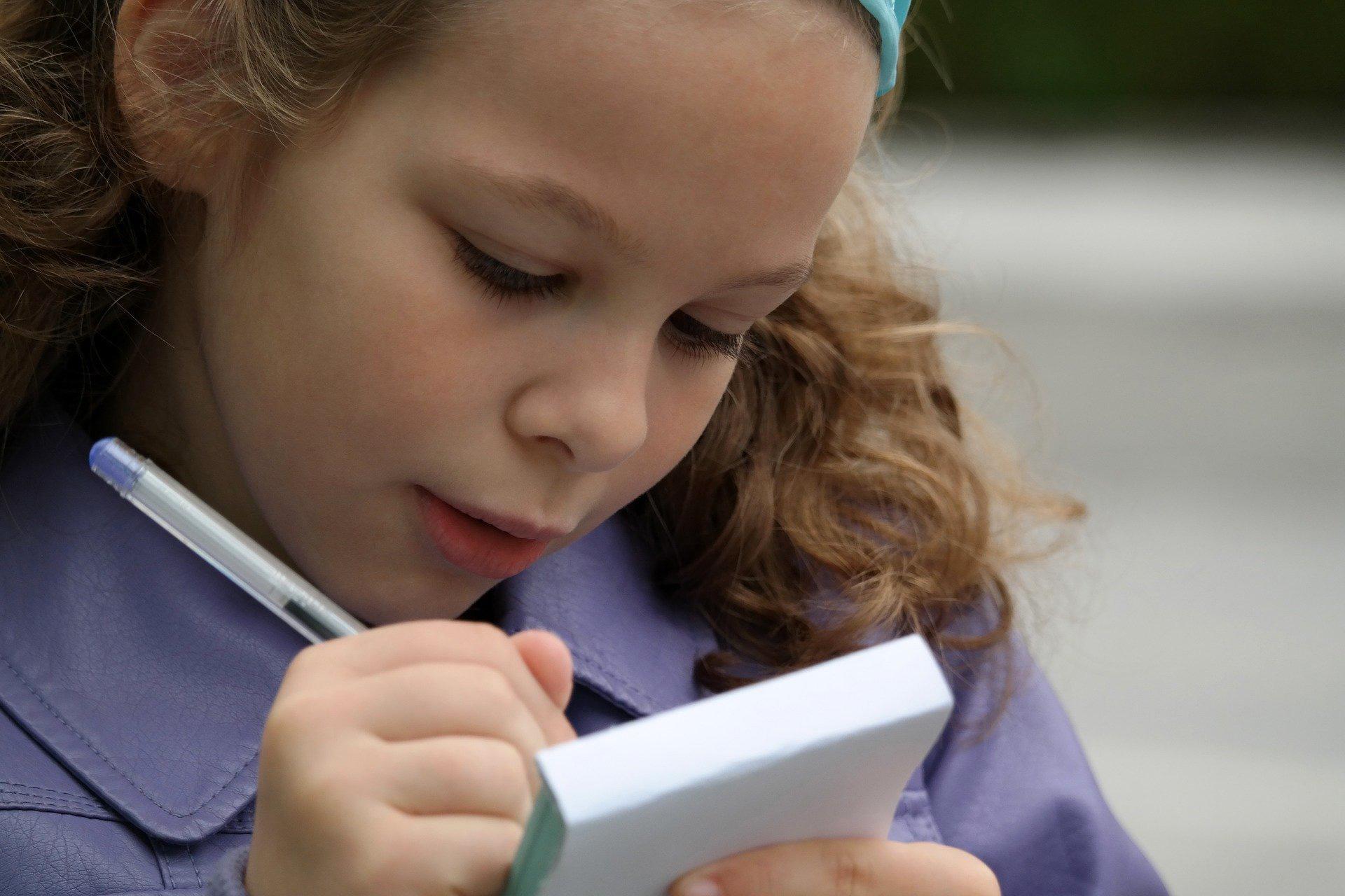 5 astuces pour aider mon enfant à apprendre ses leçons