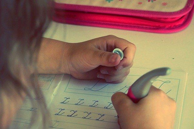 Écrire à la main: pour quoi faire?