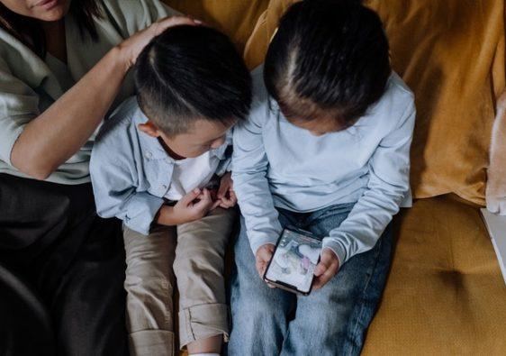 Les dangers des écrans pour les enfants