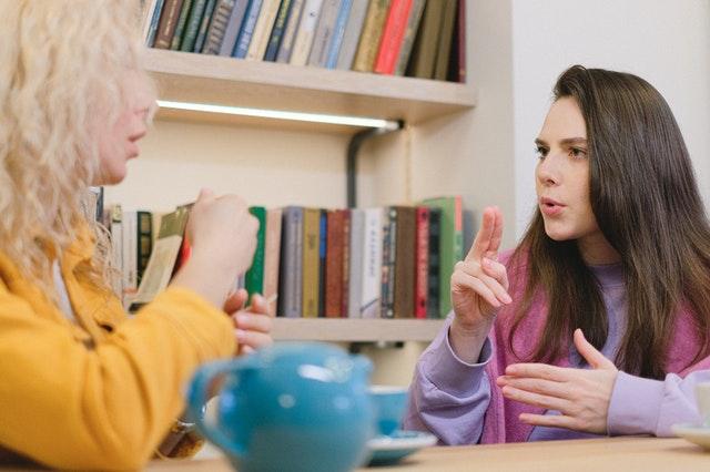 Expliquer aux autres: une manière d'optimiser sa mémoire à long terme au collège
